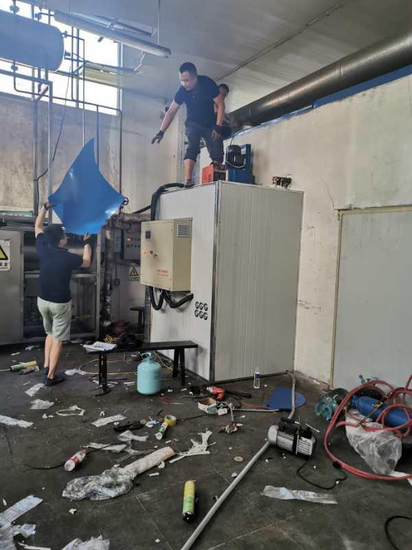 供应保湿恒温柜 制作安装