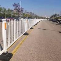 道路广告牌 道路护栏 道路防撞围栏 市政护栏厂家