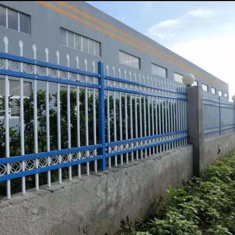 锌钢阳台护栏-小区锌钢护栏-组装围墙铁栅栏-盛宾丝网