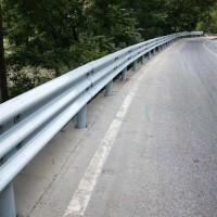 护栏板、波形护栏、喷塑护栏板、热镀锌护栏板
