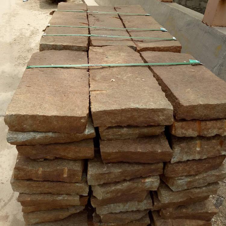 鼎岩石材 乡村装饰老石器厂家 供应铺地民俗老石板 原生态旧石板